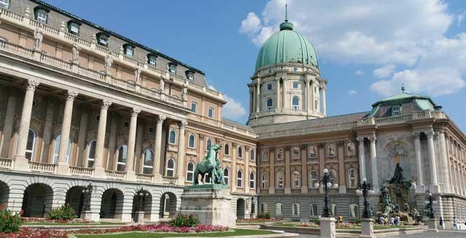 Magyar Nemzeti Galéria Maďarská národní galerie