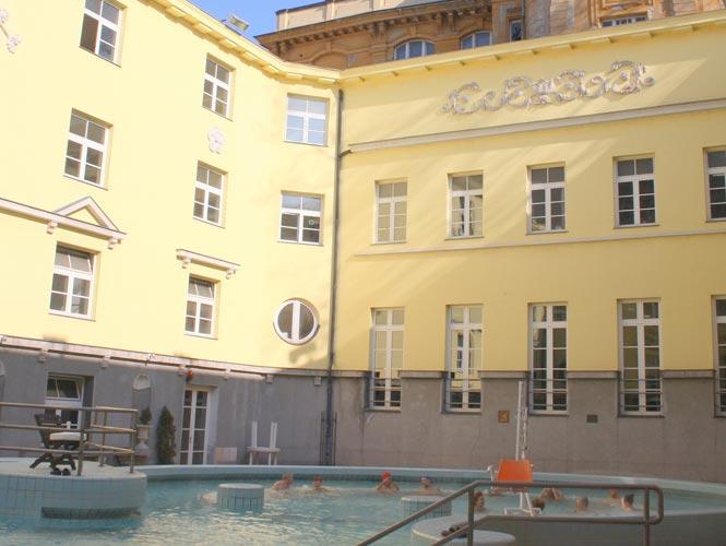 Lukács fürdő Lázně Lukács